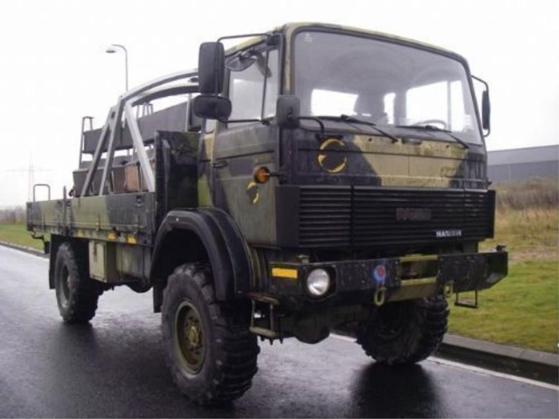 leger vrachtwagen Magirus 110 X 16 AW 4X4 EX.ARMY.LONG MODEL. 4120 1987