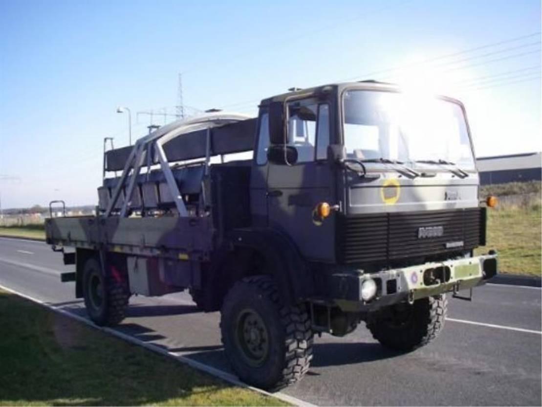 leger vrachtwagen Magirus 110 X 16 AW 4X4 EX-ARMY..LONG MODEL4129. 1987