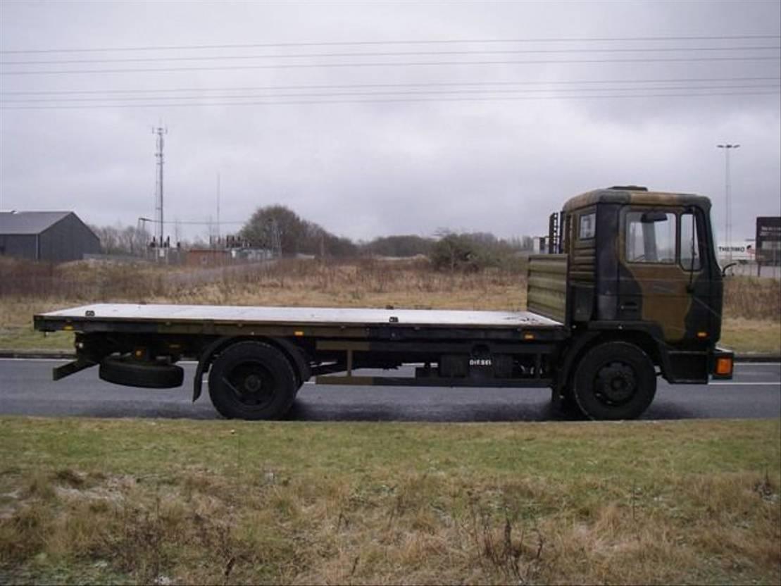 leger vrachtwagen MAN 13-192 F IC 4X2.(EX-ARMY) 1992