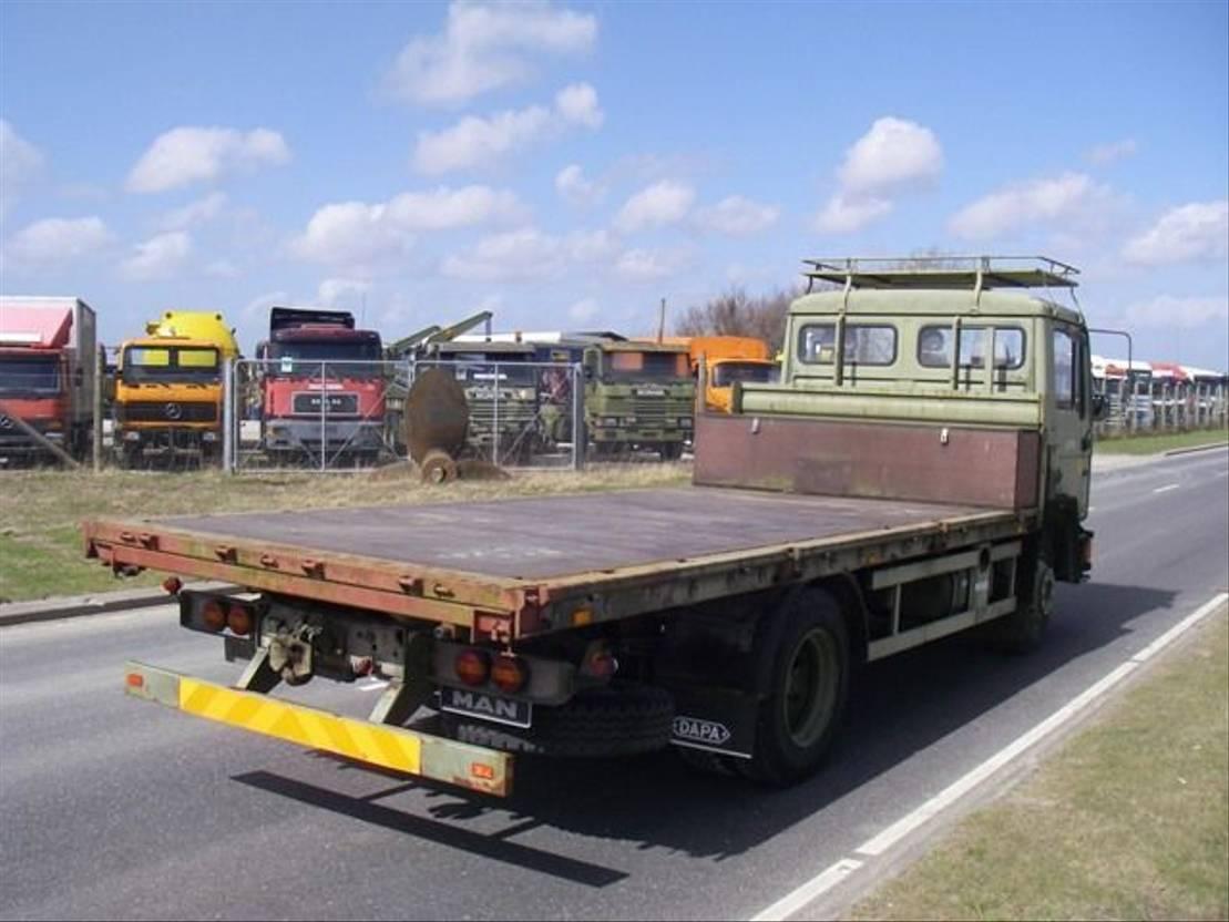 leger vrachtwagen MAN 13-192 F IC 4X2 EX-ARMY... 1994