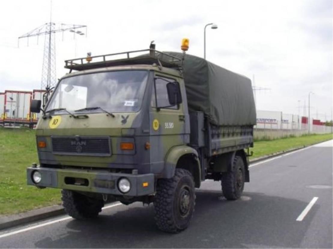 leger vrachtwagen MAN 8-136 FAE 4X4 EX-ARMY.... 1987