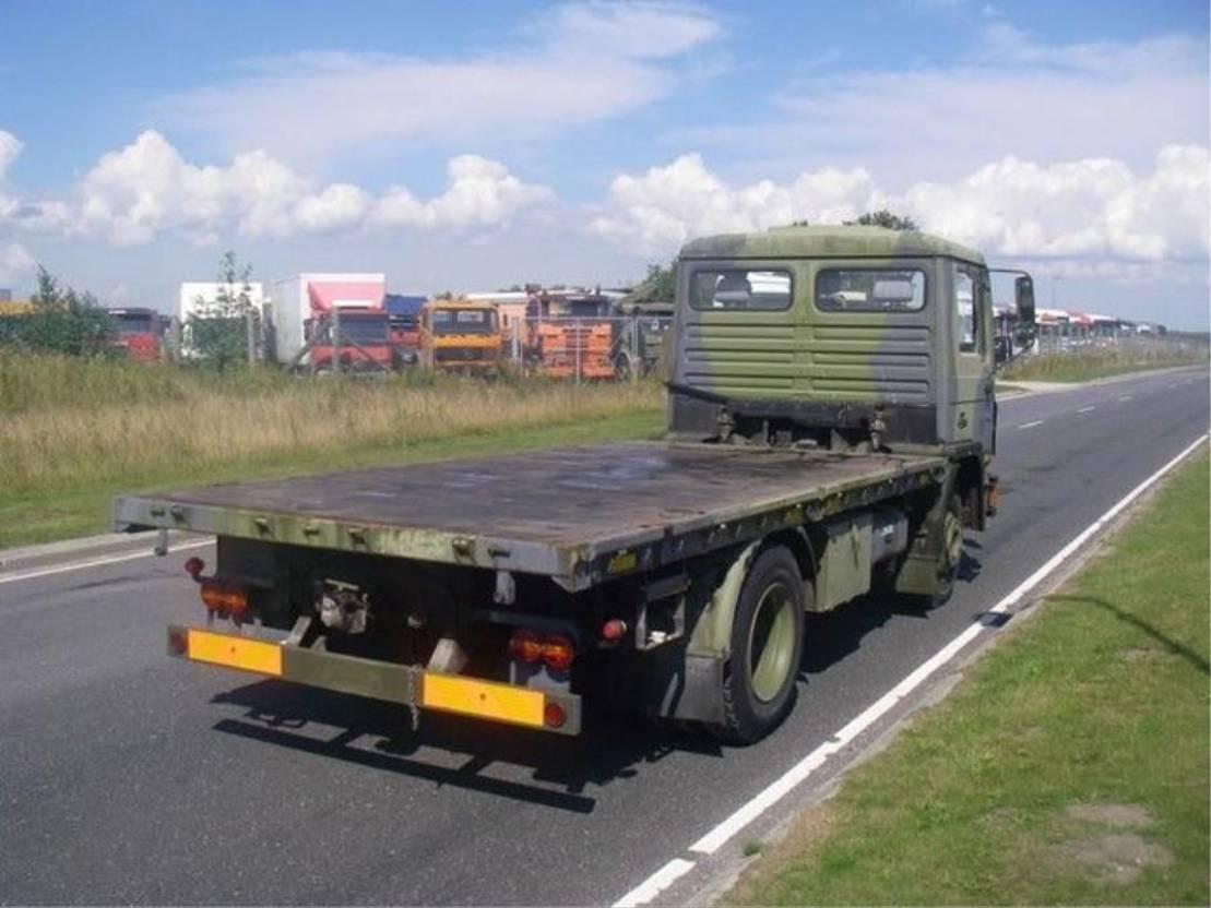 leger vrachtwagen MAN 13-192 F IC 4X2..EX-ARMY... 1991