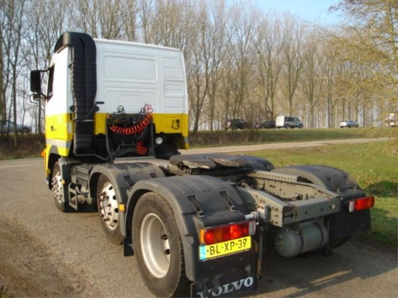 Volvo - FH12.6X2.ADR.380PK.MANUEL 2