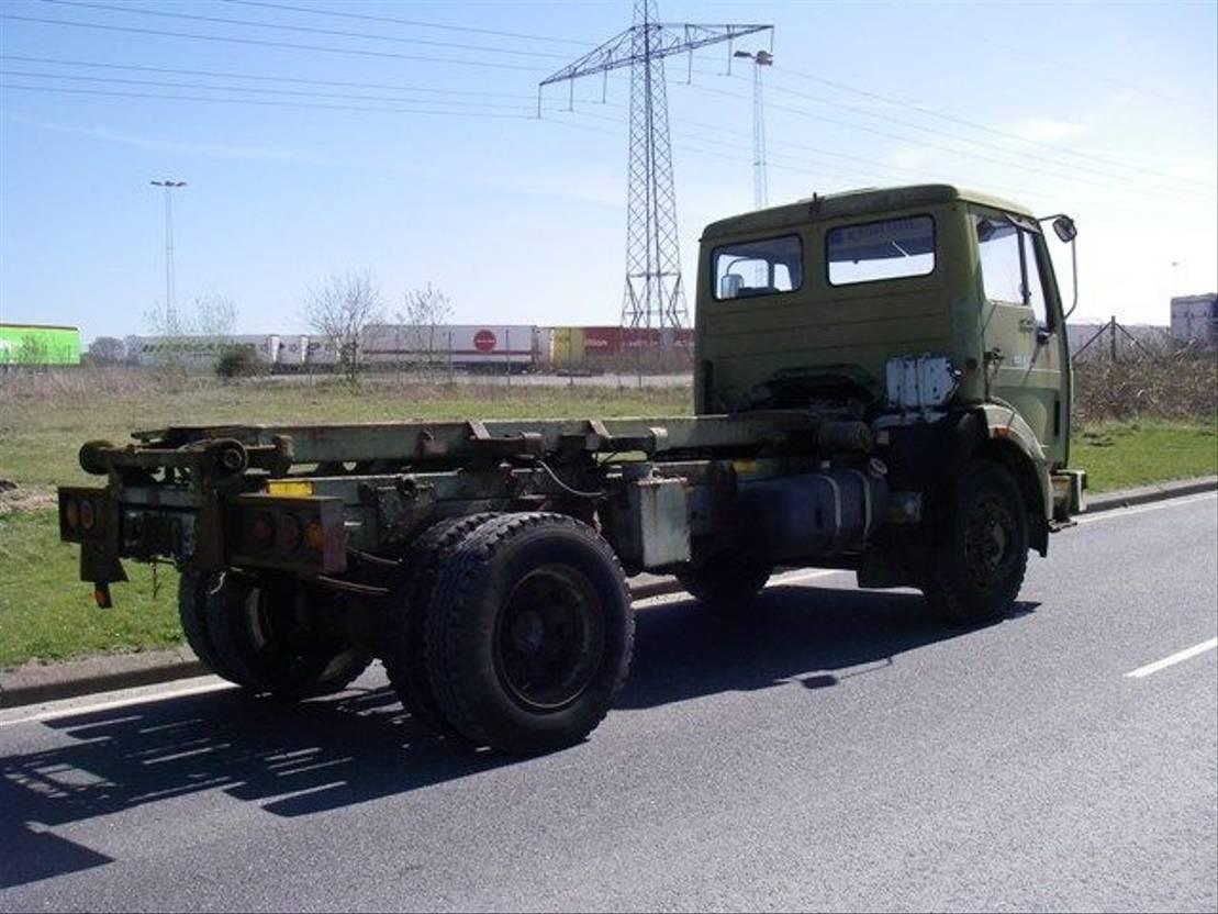 leger vrachtwagen Mercedes-Benz NG 1213 4X2. EX-ARMY. 1980