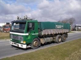 kipper vrachtwagen Volvo FL 10 6X2 320 HK TIPPER. 1996