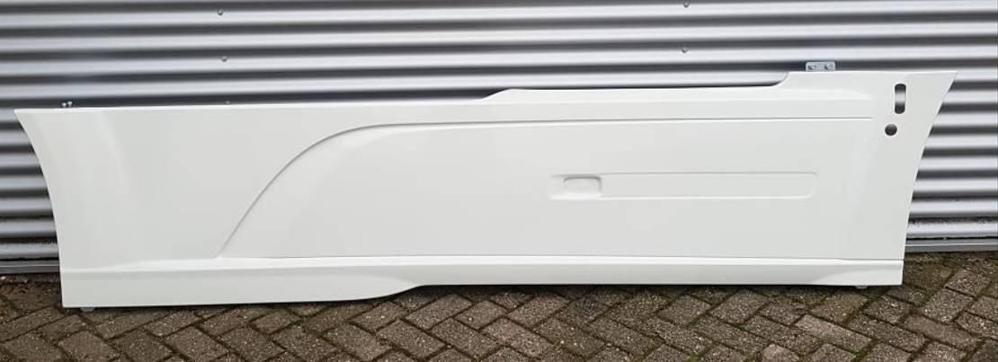 chassis vrachtwagen onderdeel DAF (zijskirts sideskirts chassisskirts) WB3800