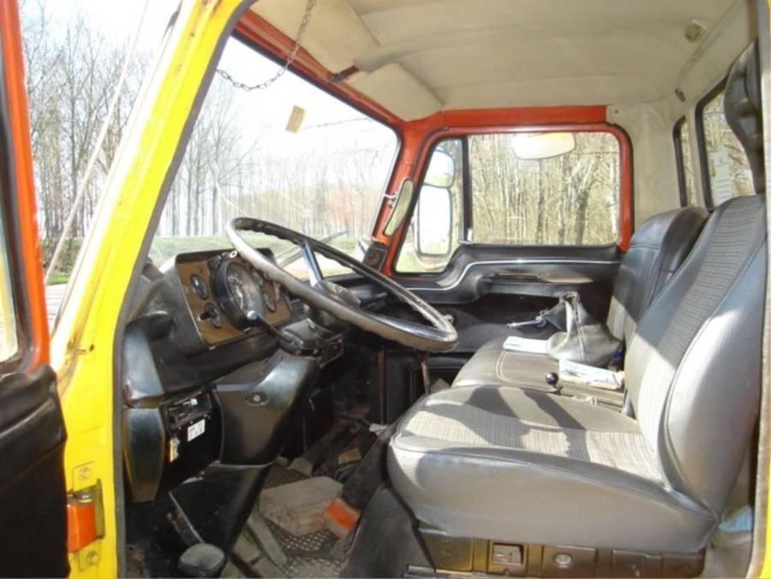 takelwagen-bergingswagen-vrachtwagen Ford D1010 1978