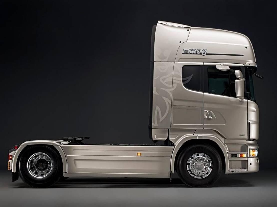 chassis vrachtwagen onderdeel Scania (zijskirts sideskirts chassisskirts) WB3700 2020
