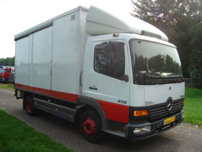 Mercedes Benz - ATEGO 812 4