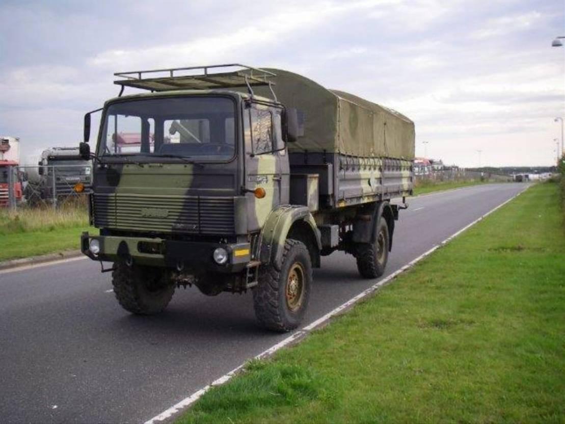 leger vrachtwagen Magirus 110-16 110 X 16 AW 4X4 4115 1988