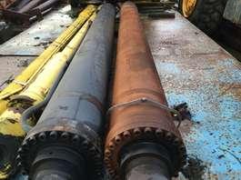 reachstacker Kalmar DRF450-65C5X LIFT CYLINDERS
