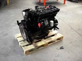 Motor vrachtwagen onderdeel Perkins 1004.4 2012