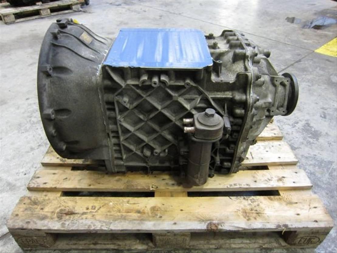 Automatische versnellingsbak vrachtwagen onderdeel Renault AT2412C I-Shift 2011