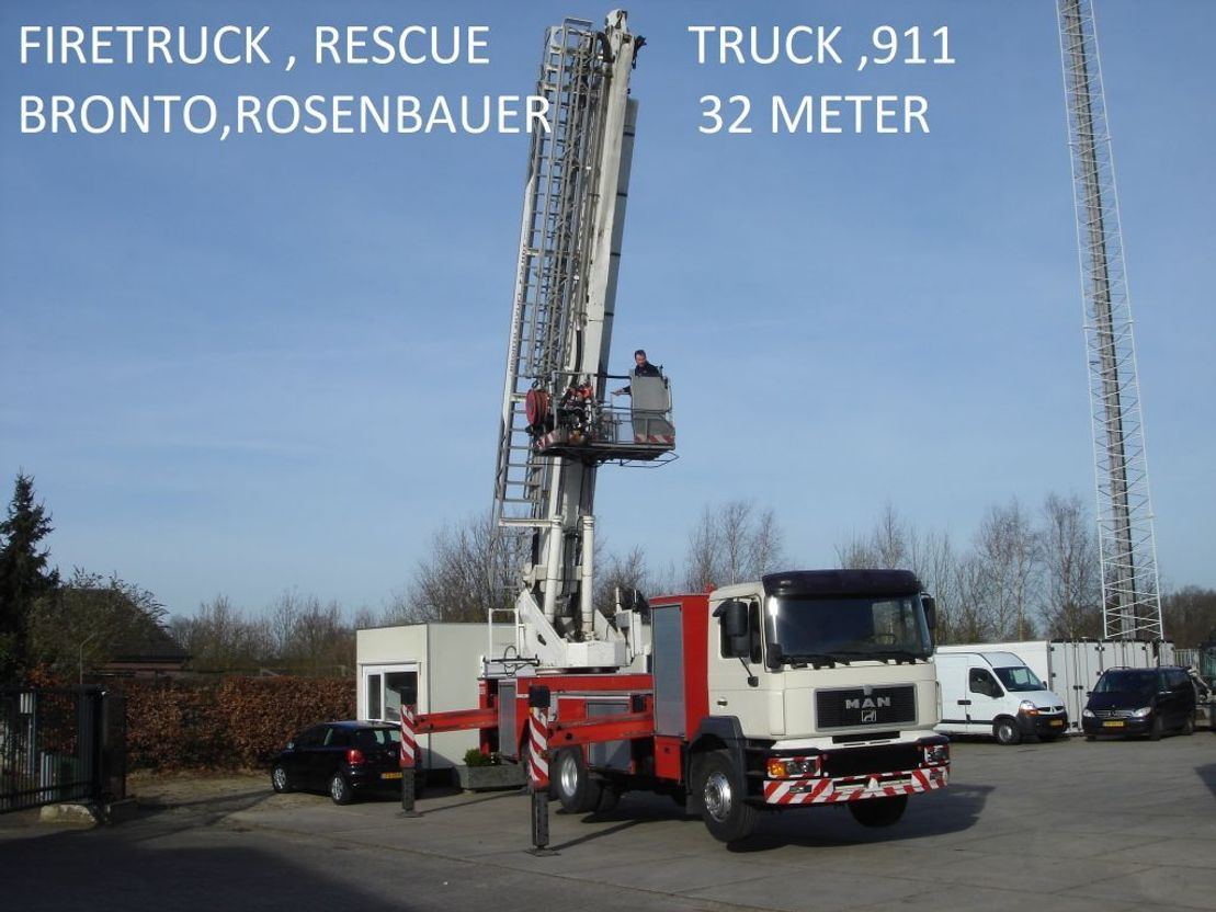 brandweerwagen vrachtwagen MAN Bronto , rosenbauer , skylift 32 mtr ,firefigther , resque truck 2000