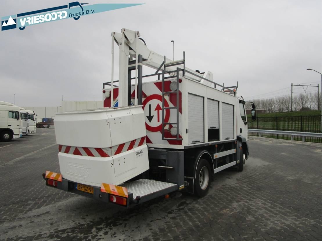 autohoogwerker vrachtwagen DAF LF 55 180 met Custers Hoogwerker 2005
