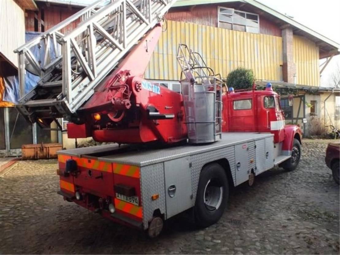 brandweerwagen vrachtwagen Scania L80 1973