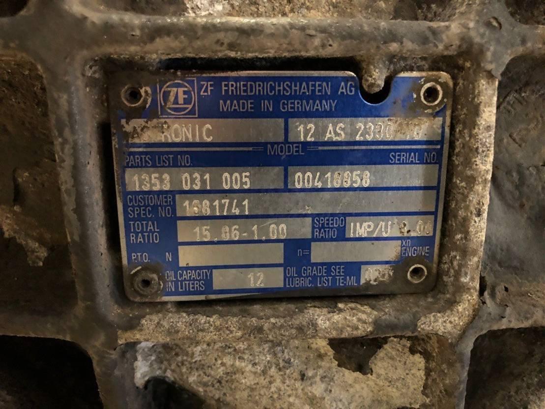 Automatische versnellingsbak vrachtwagen onderdeel ZF AStronic, CF, 12 AS 2330 TD 2007