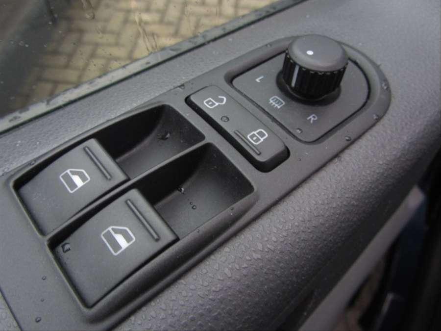 Volkswagen - Transporter 2.0 TDI L2H1 4Motion DC Trendline dubb cabine lang 4x4. 140 pk 10