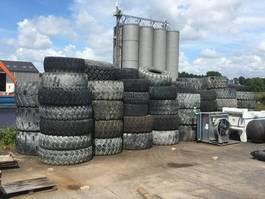 Wiel met band vrachtwagen onderdeel Bridgestone Used Tyres Package 35 pcs - DPX-10906