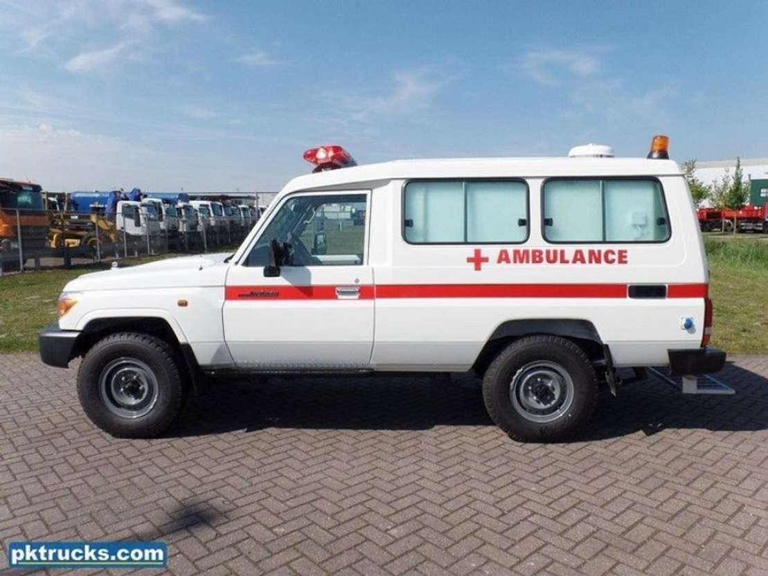 ambulancewagen Toyota HZJ78L 4x4 Ambulance Land Cruiser 2019