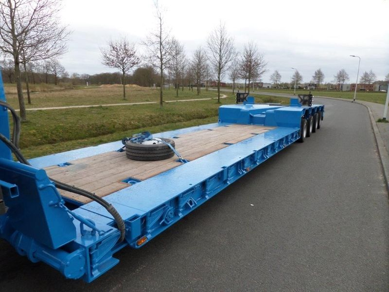 Goldhofer - STZ-VL4-43/80A Low Loader 6
