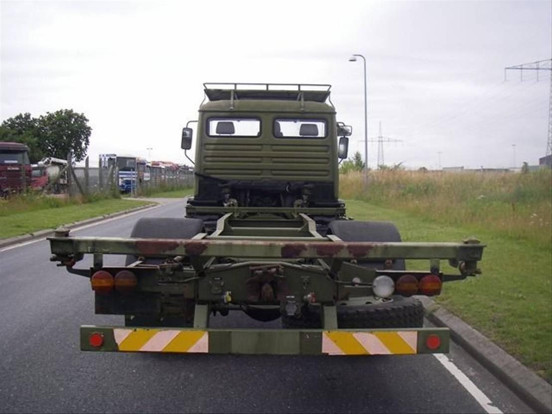 leger vrachtwagen MAN 13-192 F 4X2 1993