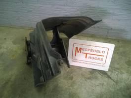 Chassisdeel vrachtwagen onderdeel Iveco Steun en beschermkap luchtfilterhuis 2008
