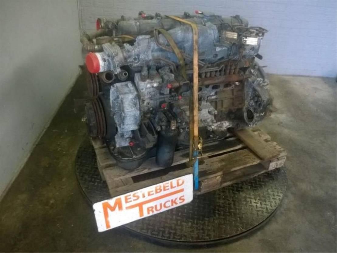 Motor vrachtwagen onderdeel Renault Motor DCI 2001