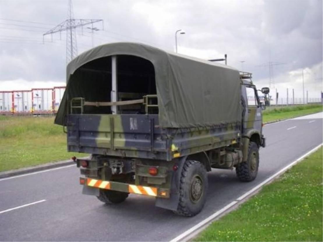 leger vrachtwagen MAN 8-136 FAE 4X4 EX-ARMY. 1990