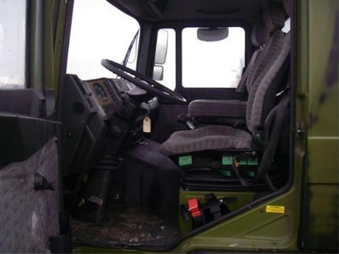 leger vrachtwagen MAN 13-192 F IC 4X2 (EX-ARMY) 1993