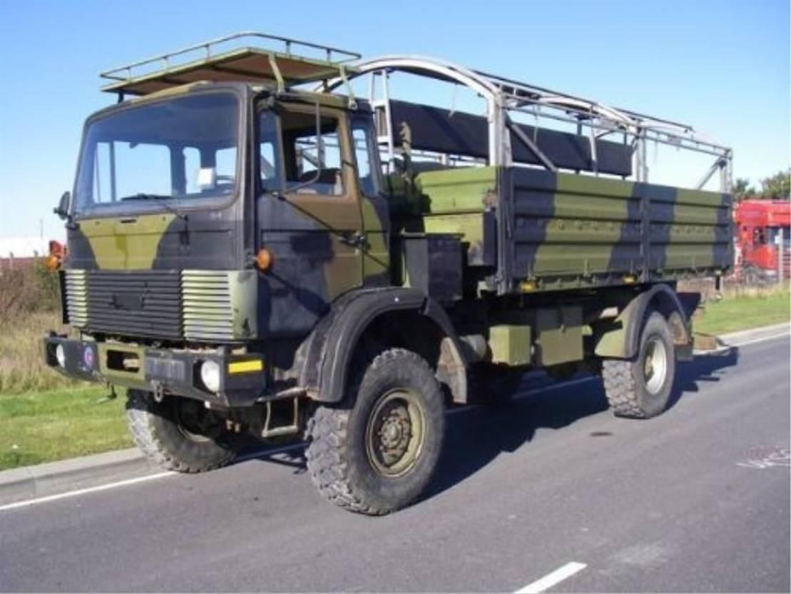 leger vrachtwagen Magirus 110 X 16 4X4 AW EX.ARMY..4116 1987