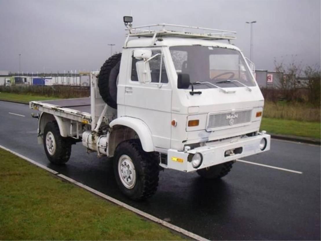 leger vrachtwagen MAN 8-136 FAE 4X4 EX-ARMY. 1988