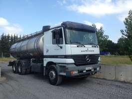 tankwagen vrachtwagen Mercedes Benz 2640 6X4 citerne inox isotherme  16000 L 1999