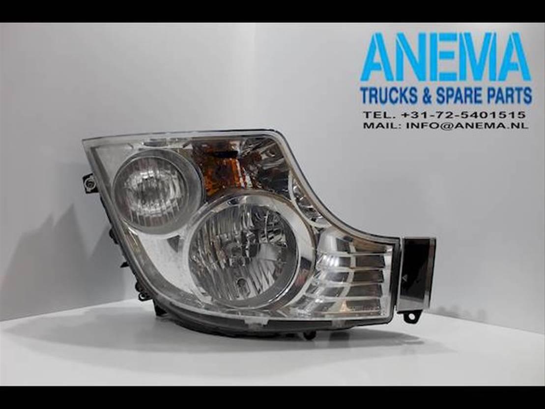 Koplamp vrachtwagen onderdeel Mercedes-Benz A9608200339