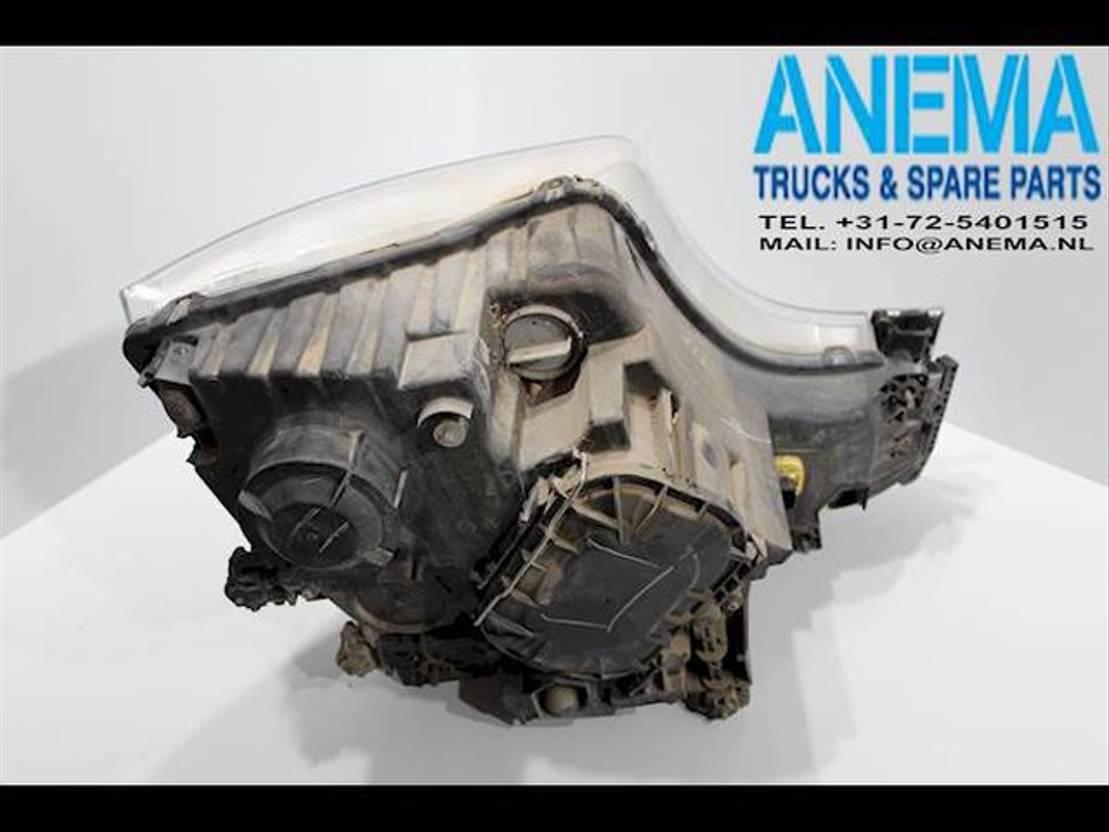 Koplamp vrachtwagen onderdeel Mercedes-Benz A9608200239