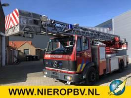 brandweerwagen vrachtwagen Mercedes Benz 1422 brandweer ladderwagen 30m 1993