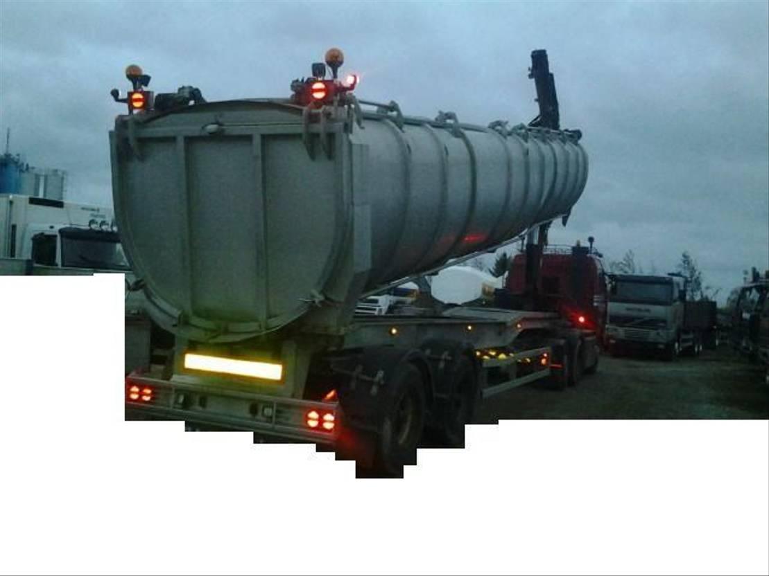 vee oplegger VM Tank Tip Kran Crane for dead animals 2007
