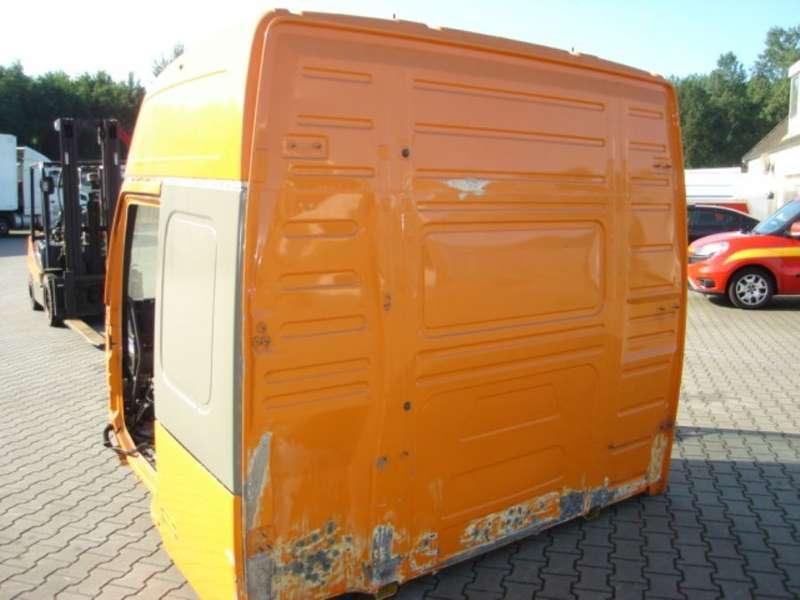 Volvo - NH12.CABINE.GLOBETROTTER 4