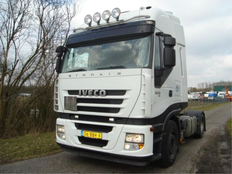 Iveco - AS440S50T-STRALIS 1