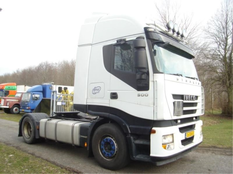 Iveco - AS440S50T-STRALIS 4