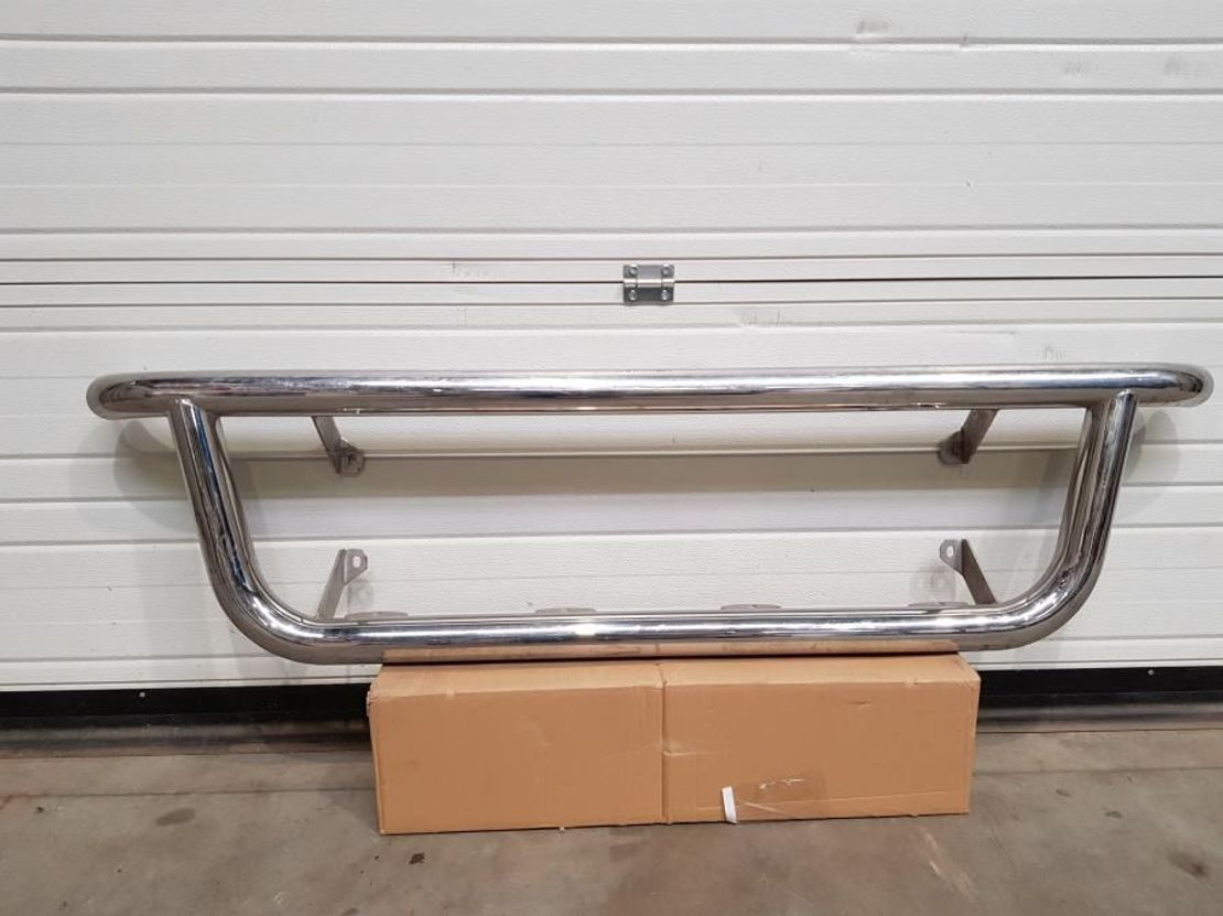 chassis vrachtwagen onderdeel Diversen Chrome bull bar universele 2000