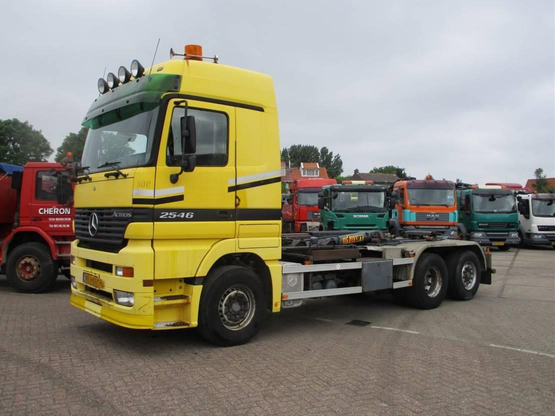 containersysteem vrachtwagen Mercedes Benz ACTROS 2546 L 6X2 2002