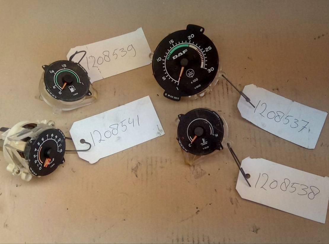 overig onderdeel DAF DAF VDO Meter ATI F75 F85 F95 CF75 CF85 95XF  1208541 - 1208537 - 1208538 - 1208539