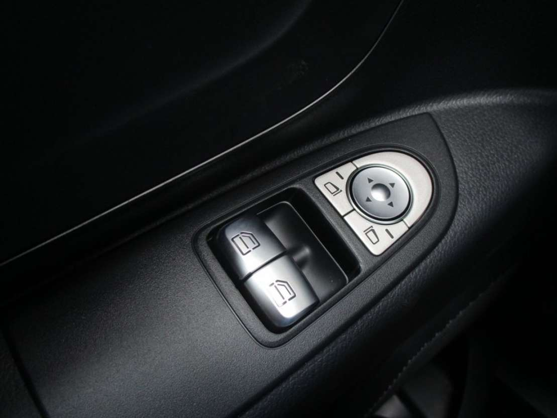 gesloten bestelwagen Mercedes Benz Vito 111 CDI L | Airco, Radio MP3/USB, Bluetooth Audio | Nieuw uit voorr... 2019