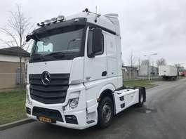 standaard trekker Mercedes Benz 1842 euro 5 only 541.000 km !!!! 2012