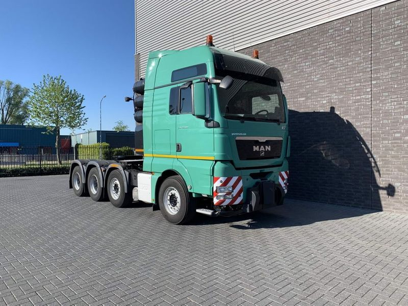 MAN - TGX 41.680 8X4 HEAVY DUTY TRACTOR 250 TONS 8