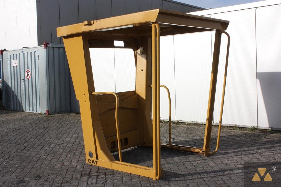 cabine - cabinedeel equipment onderdeel Caterpillar O-rops cab 140H 1995