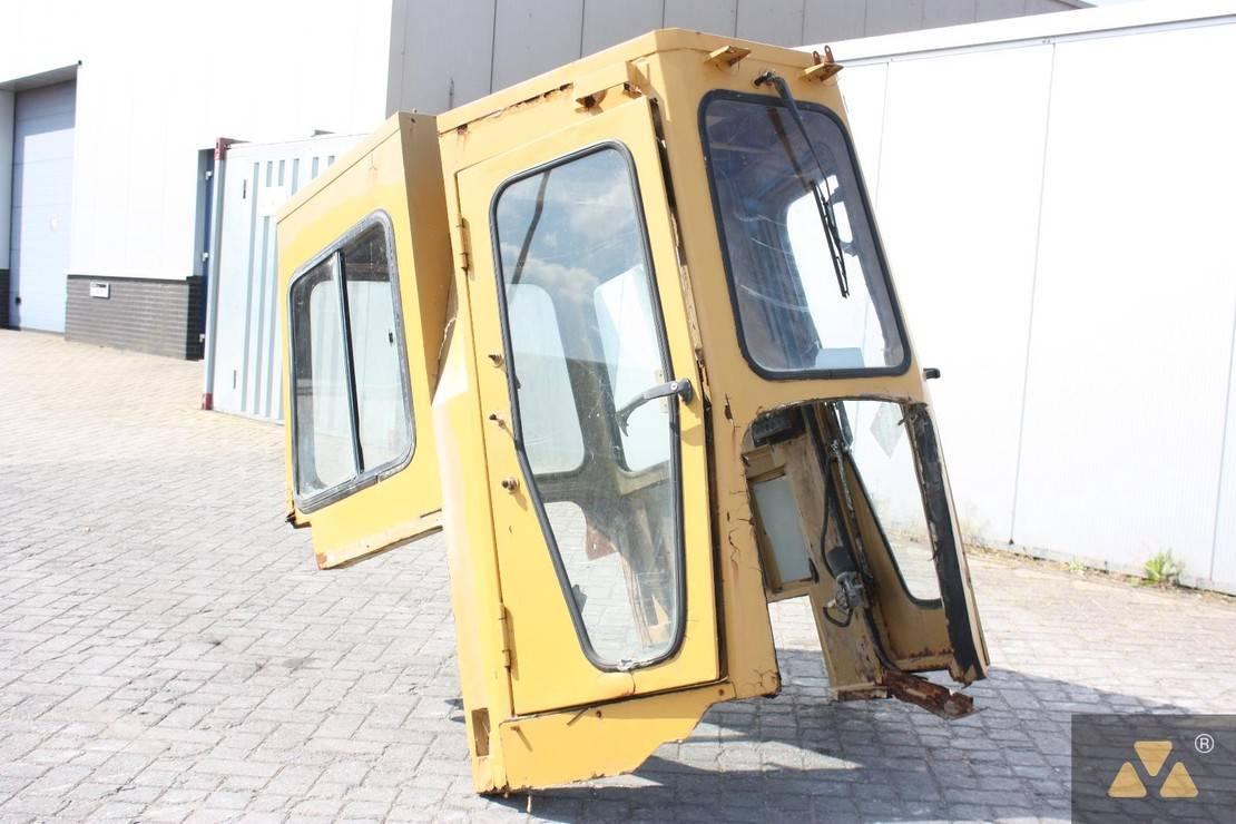 cabine - cabinedeel equipment onderdeel Caterpillar Cab D7G