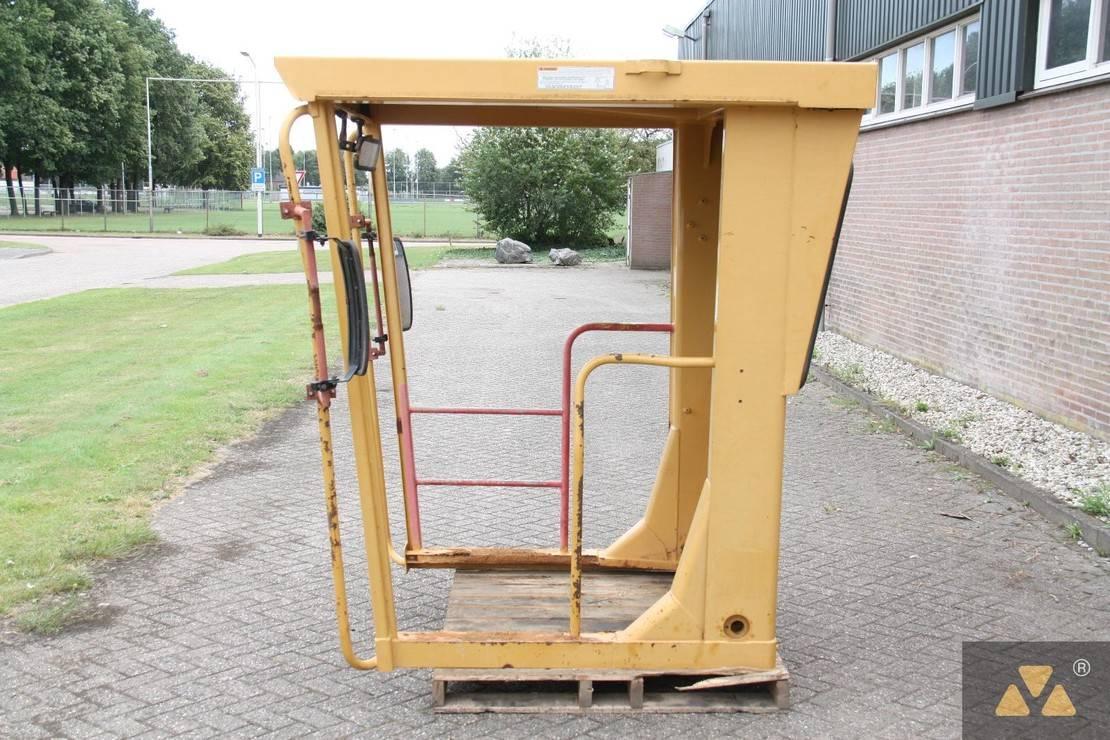 cabine - cabinedeel equipment onderdeel Caterpillar O-rops cab 140H