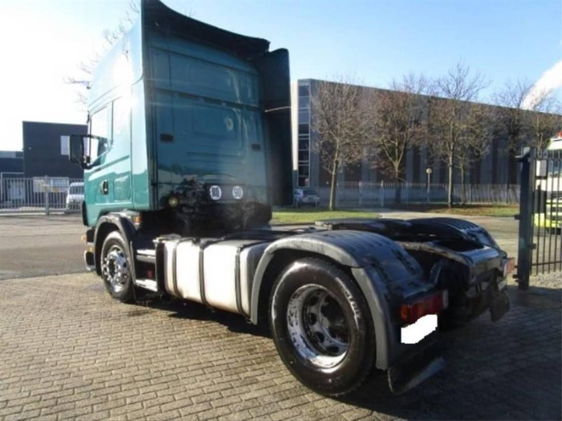 standaard trekker Scania SCANIA 124/420   MANUEL-GEARBOX 2004